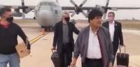El exgobernador de Beni Ernesto Suárez llegó a la capital cruceña para respaldar a Costas, que está procesado