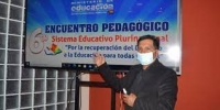 Un boliviano lleva su ecoguitarra a Europa - Giannina Machicado La Prensa