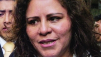 TRADICIÓN. Prendas en materiales característicos de la región andina. - Ángela Carrasco La Prensa