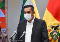 El Ministro de Salud y cuatro ciudadanos fueron condecorados